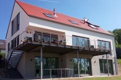 Balkon-und-Gelaender-2