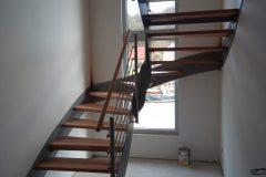 Treppe_Innen-scaled